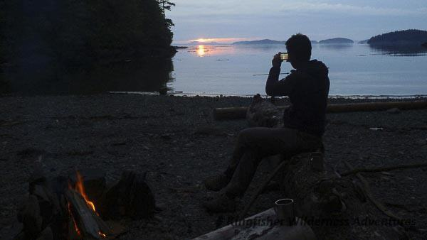Orca Waters Explorer Kayak Tour - Beautiful sunset and a campfire, a great way to end the day.